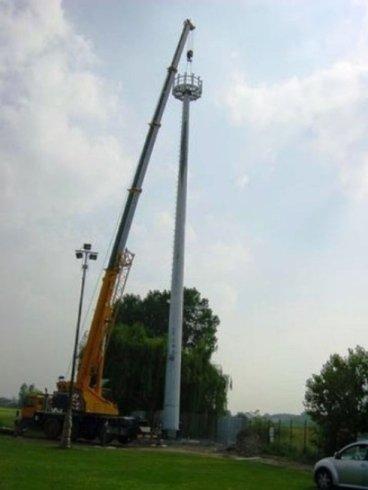 torre telecomunicazioni