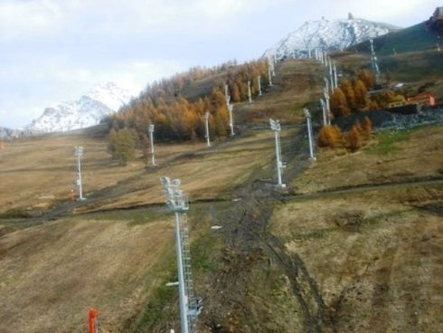 Ski station floodlight repairs