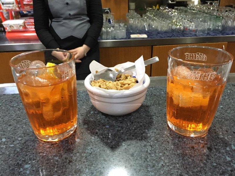 Bevande aperitivo al bar