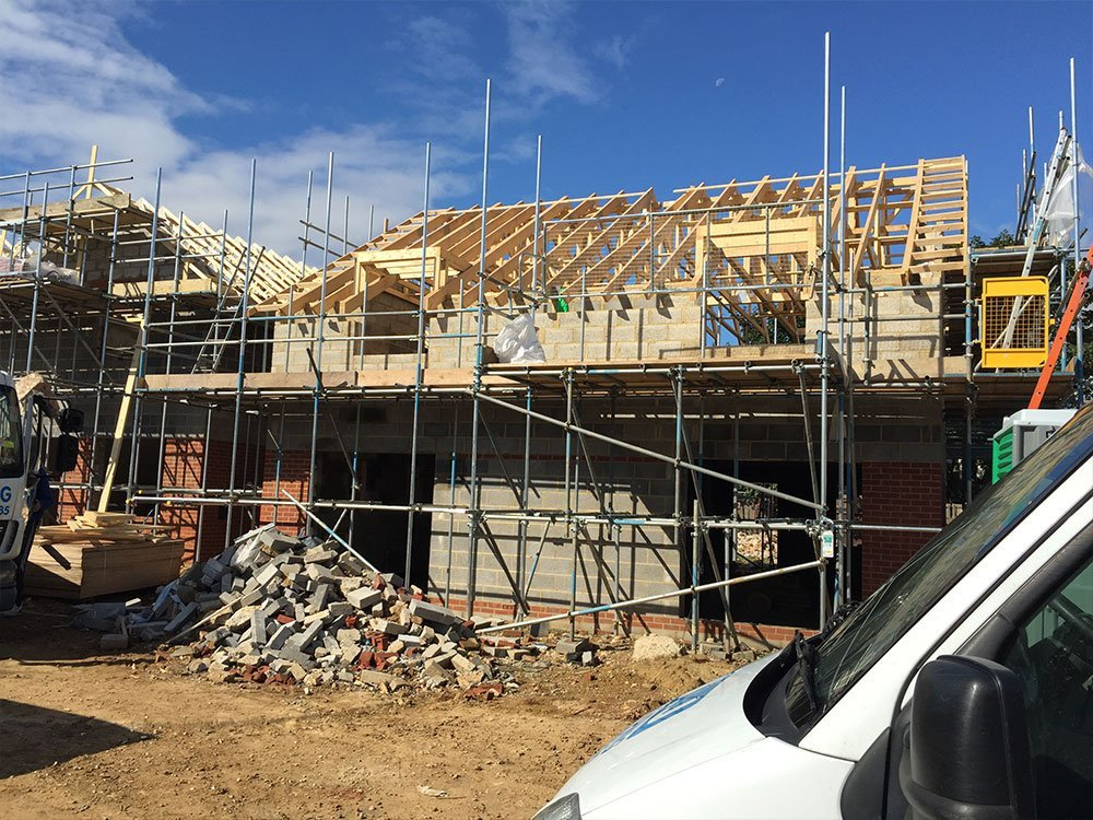 building a house with sjj scaffolding help