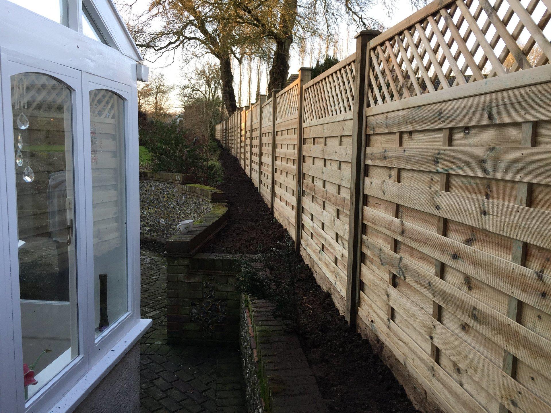 Garden Fencing Fencing Products Ltd Wokingham