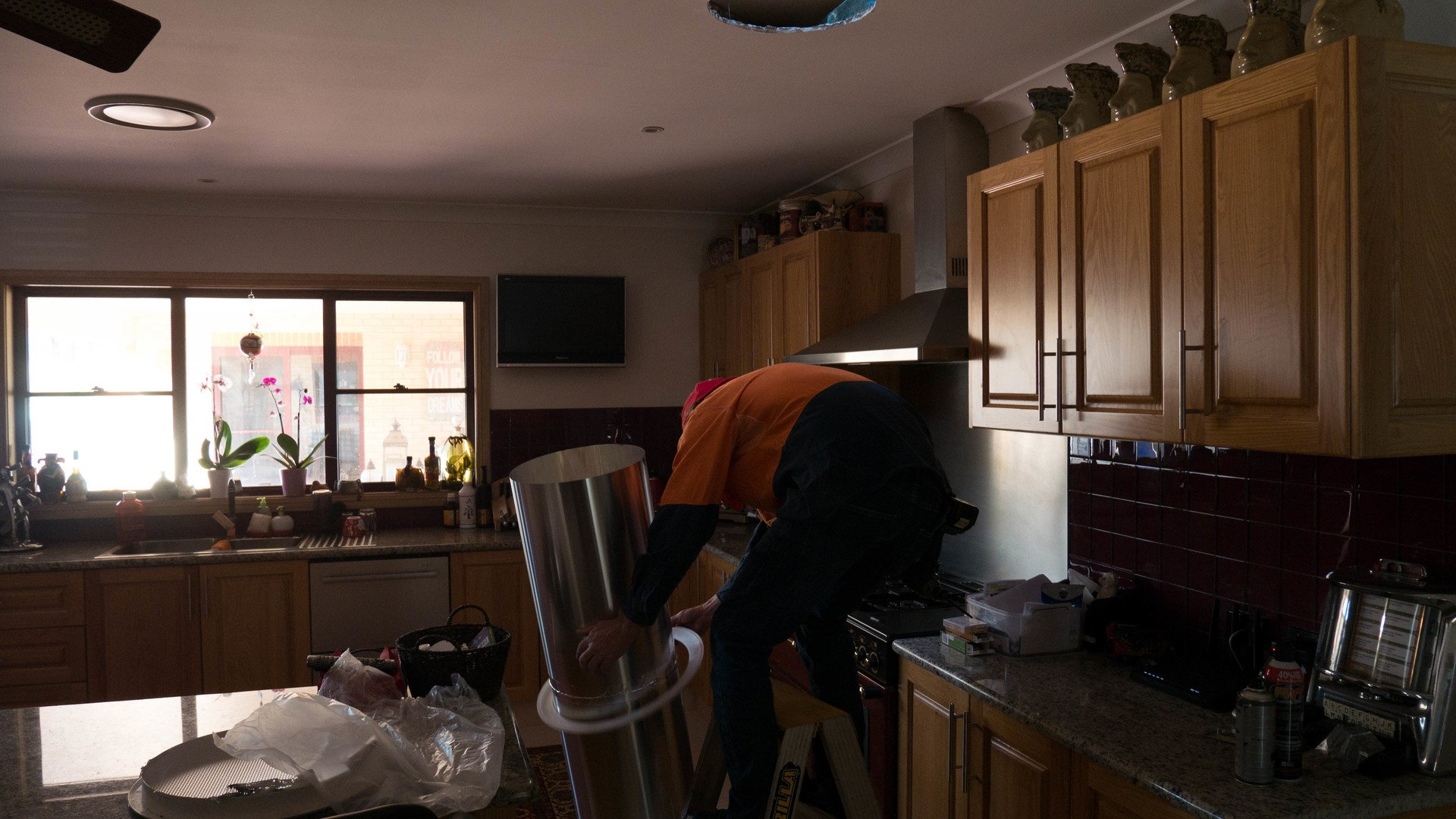 Client Trish has had her Kitchen and a small internal room fitted with new Solatube Skylights.