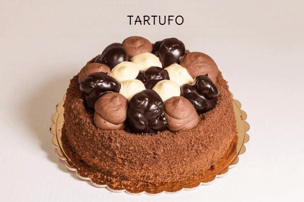 torta profitterol al cioccolato