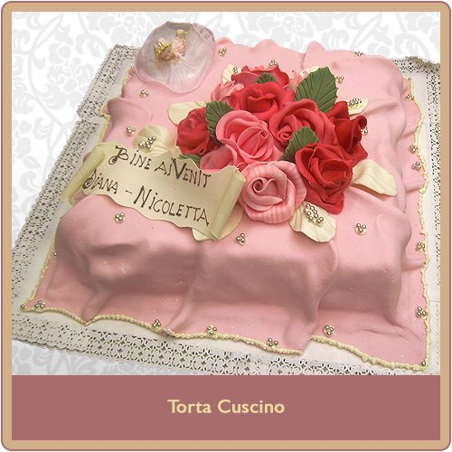 Torta cuscino rosa per battesimo