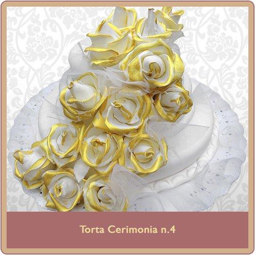 Torta cerimonia bianca con rose dorate