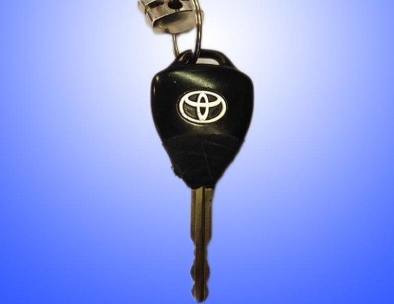 Riparazione chiavi auto riccione rimini_