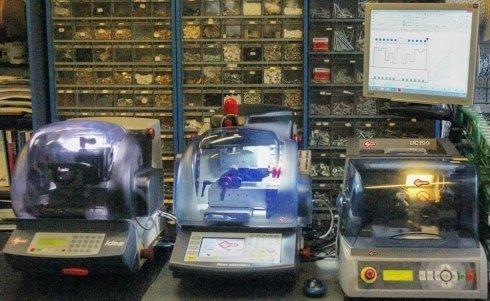 Macchine duplicatrici chiavi elettroniche