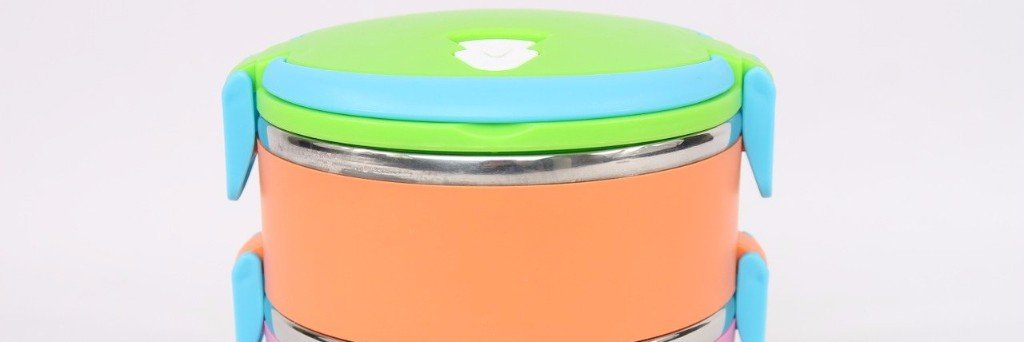 Travel food containers