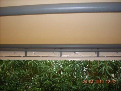 Particolare del gazebo con struttura metallica