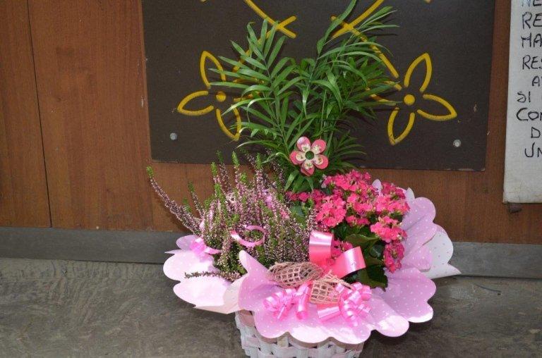 composizioni pronte di fiori freschi