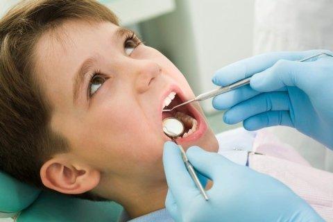 dentista per bambini, visite odontoiatriche bambini