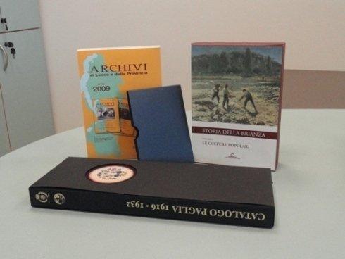 Custodie salvapolvere per libri
