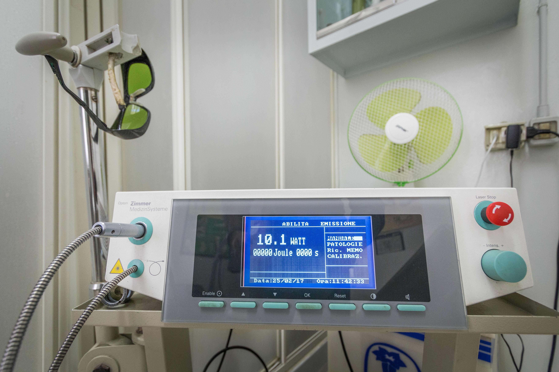 strumento di laserterapia
