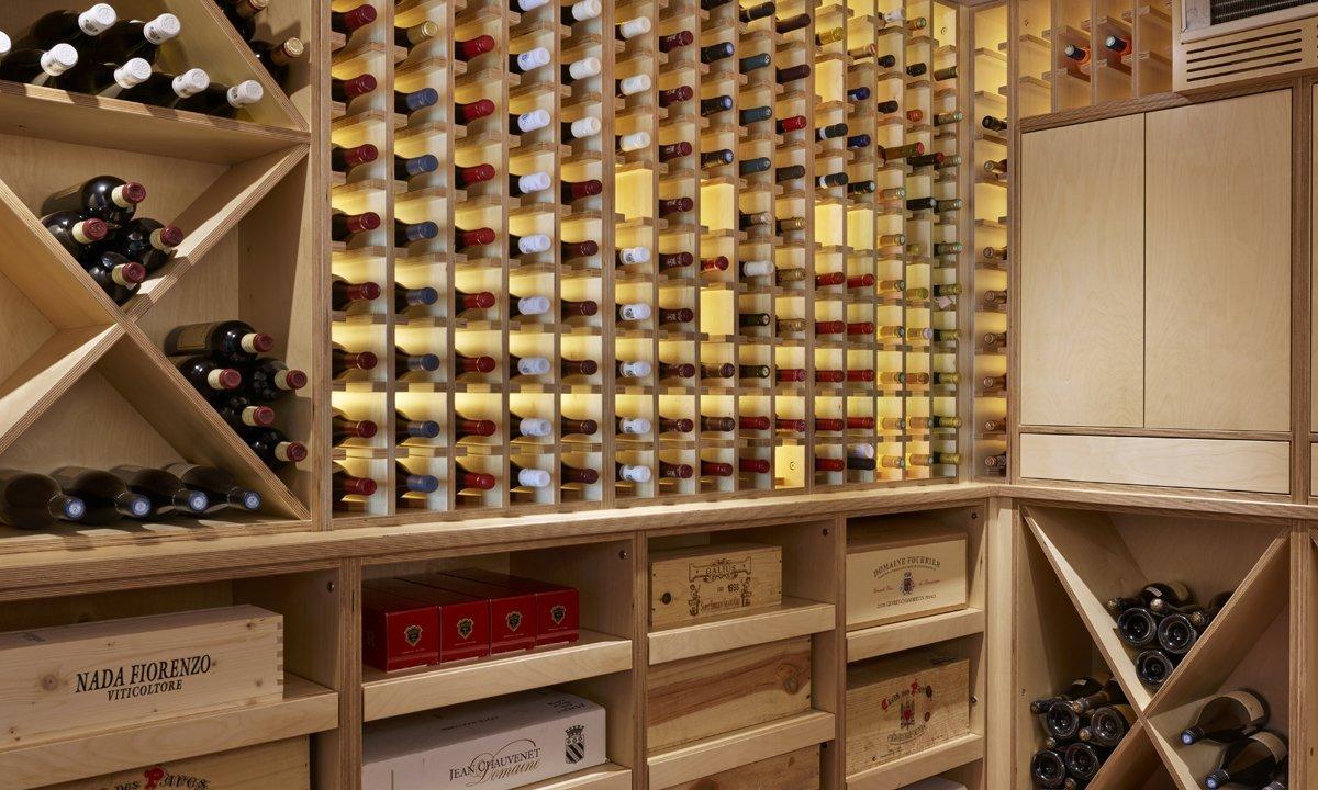wine rack with lighting
