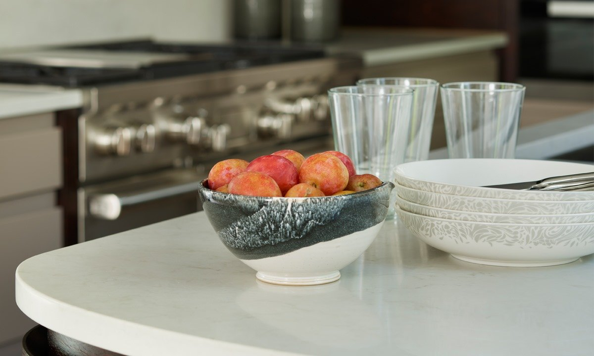 Fruit bowl on a worktop