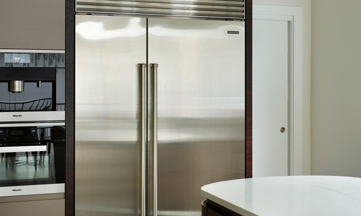 Closed double fridge