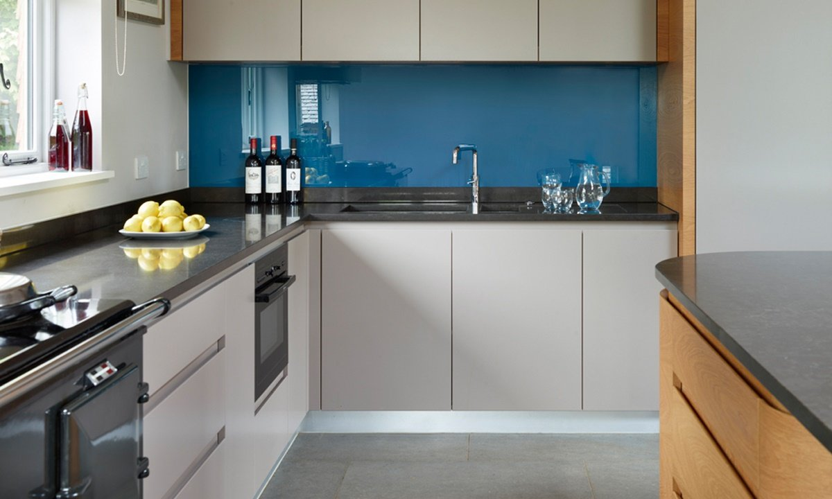 Grey and blue kitchen