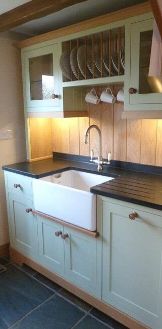 traditional kitchen basin and taps