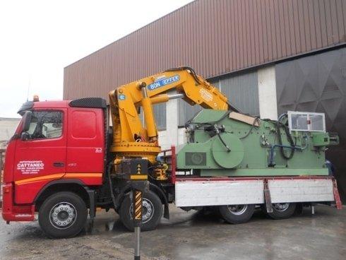carico macchinari industriali