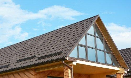una casa e vista del tetto