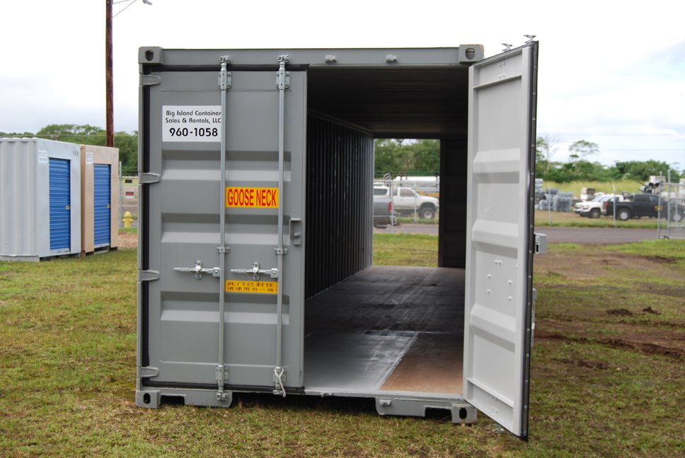 40' Container w/doors on both ends on Big Island, Hawaii