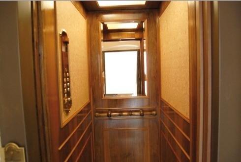 cabina in legno