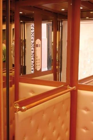 cabina con specchio