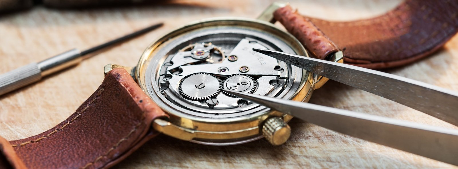 kit riparazione orologi