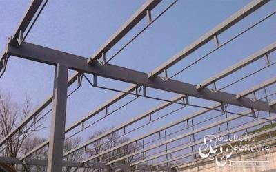 Struttura di ferro per capannone industriale