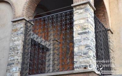 Ringhiera in ferro battuto per balcone