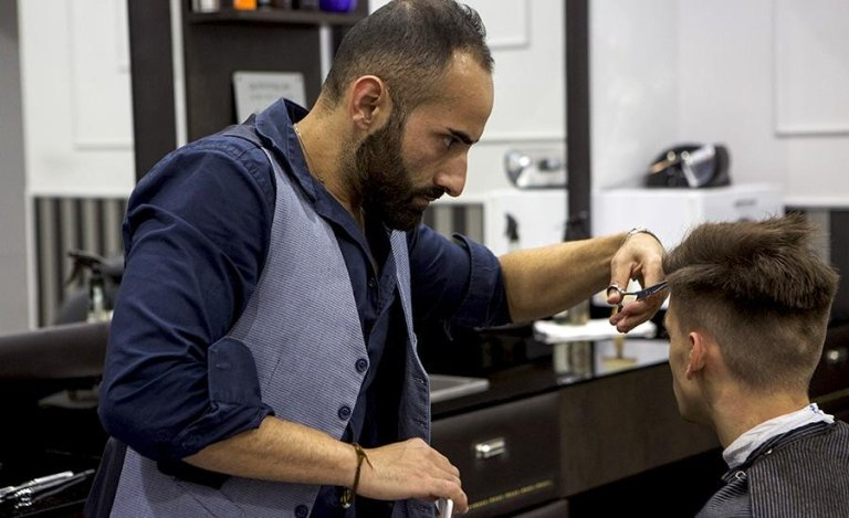 taglio capelli per uomini