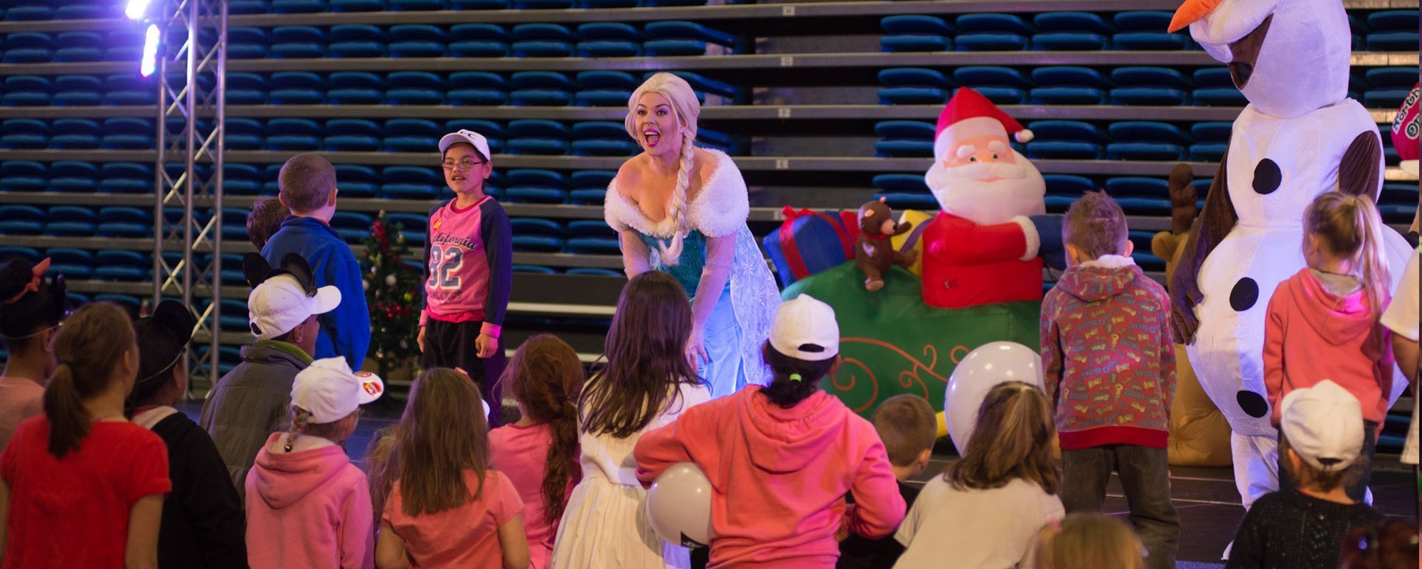 Interactive performance for the kids
