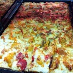 pizza, peperoni, zucchine