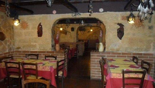 locale interno pizzeria