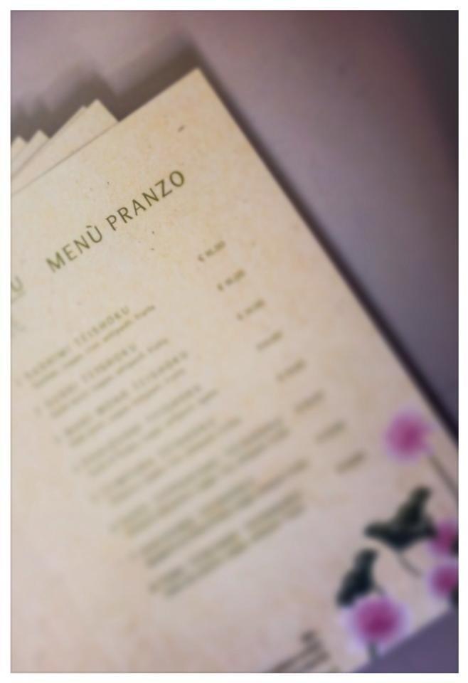 stampa di menu di ristoranti e pizzerie