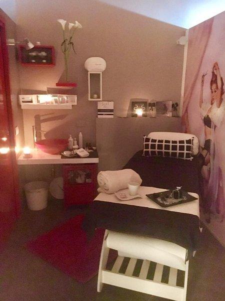 istituto di bellezza per trattamenti rimodellanti corpo