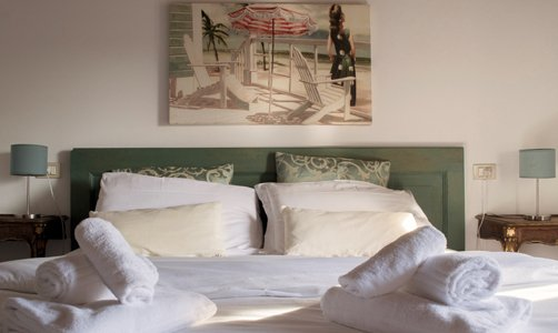camere da letto con cuscini