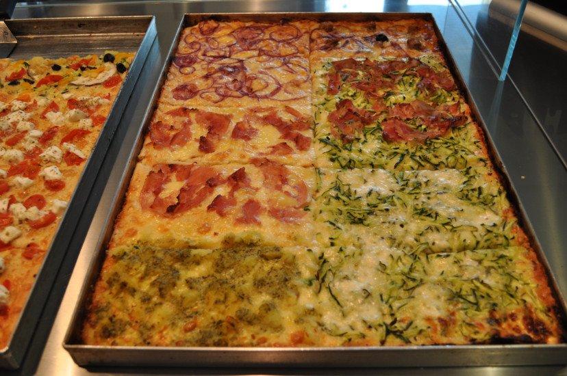 pizze e focacce in esposizione