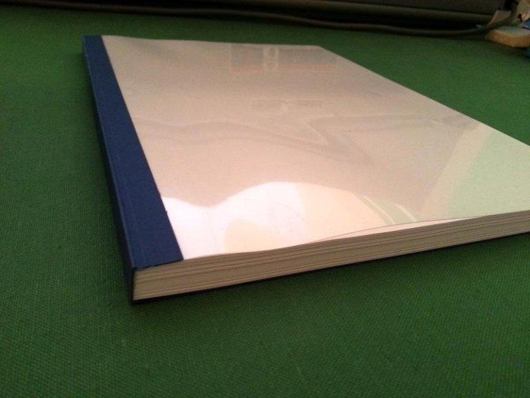 un quaderno plastificato