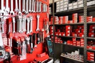 Vendita attrezzi ferramenta