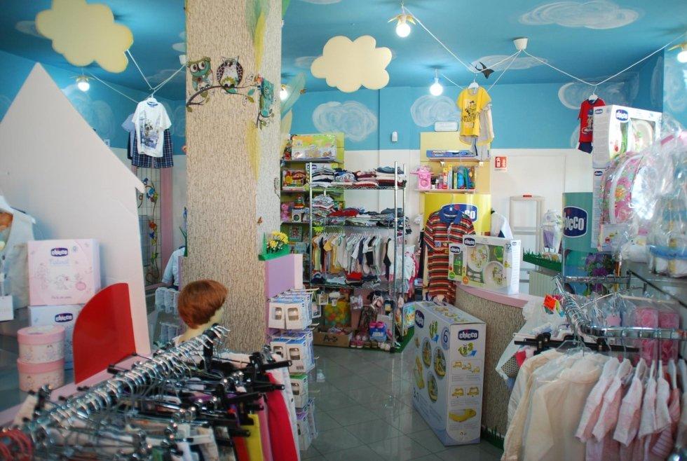 abbigliamento per bambini e neonati