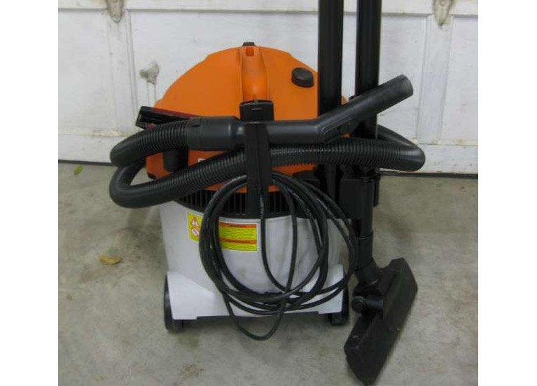 Industrial-Vacuum-(Small)