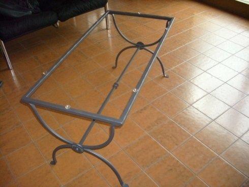 base in ferro battuto per tavolo
