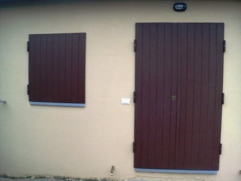 Scuroni per porte e finestre