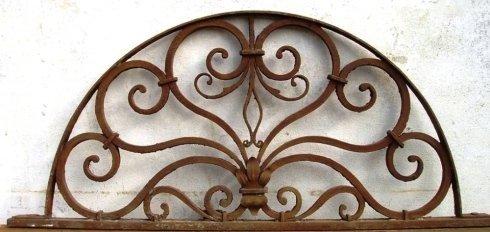 realizzazione decorazioni in ferro battuto