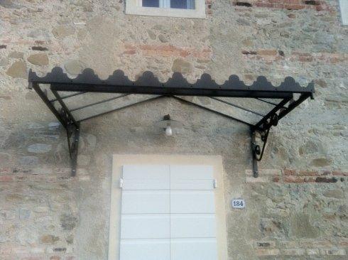 Realizzazione tettoie in ferro battuto