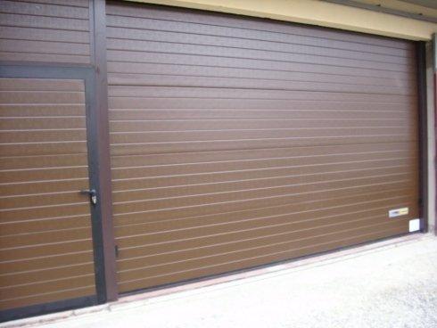 Realizzazione porte scorrevoli garage