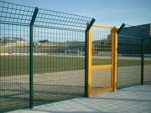 cancelli per centri sportivi
