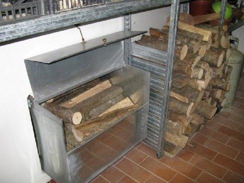contenitore legno in ferro
