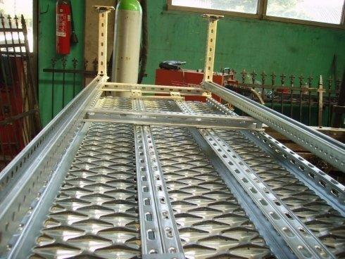 passerelle di accesso pannelli solari in ferro